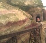 BNSF emerging into Hells Glen