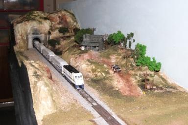 Metrolink at Tunnel 31