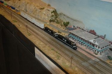 NS rolling through Solent Summit (Photo by Morgan)