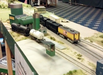 BR HO Modular Group With UP Tender - NMRA 2014 4