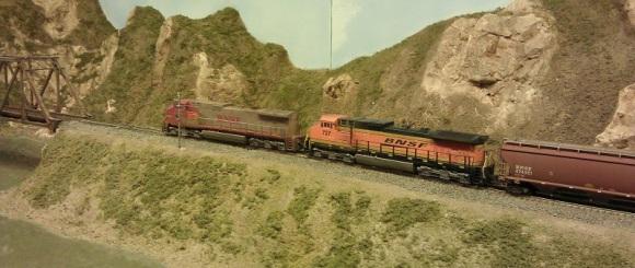Horsethief Bridge NMRA 2014 - BNSF Grain Train