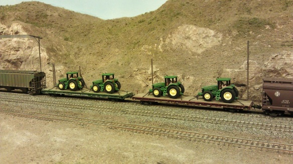 Horsethief Bridge NMRA 2014 -Tractor Load