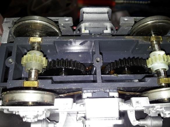 Rivarossi F9 (O Scale Gears 2 (Mike Dobson)