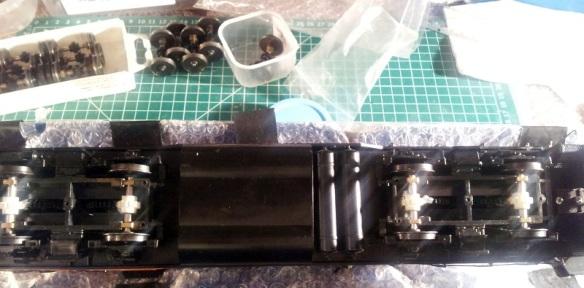 Rivarossi F9 (O Scale Gears 7 (Mike Dobson)